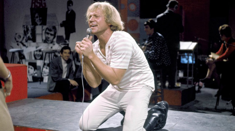 Folk-Protest singer Barry McGuire turns 86 today