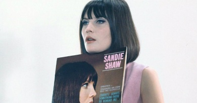 """In 1964 the Swinging London singer Sandie Shaw reaches No.1 in the U.K with """"(There's) Always Some Thing There To Remind Me"""""""