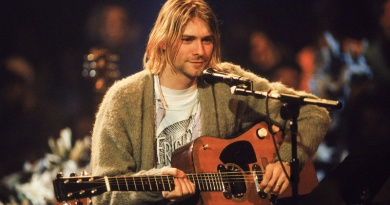In 1993 Nirvana goes acoustic for MTV Unplugged