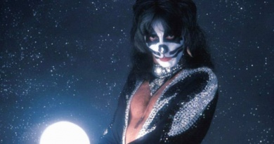 """""""The Catman"""" Peter Criss turns 72 today"""
