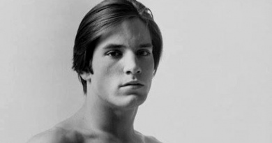 """Iconic Andy Warhol Superstar """"Little"""" Joe Dallesandro was born on this day in 1948"""