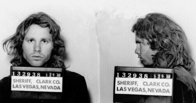 "How did Jim Morrison got busted in Las Vegas and escaped a last minute ""private"" off-duty cop meeting"
