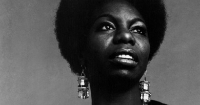 Legendary performer Nina Simone was born on this day in 1933