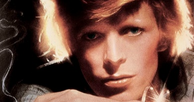 """The """"plastic soul"""" of David Bowie album """"Young Americans"""""""