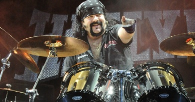 Pantera's founding member and drummer Vinnie Paul turns 54 today