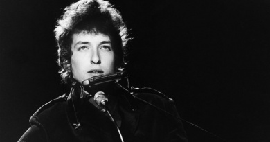 Celebrate the legendary Bob Dylan anniversary with his Top 20 songs