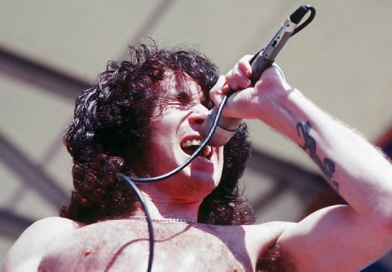 The Top 10 Best AC/DC songs with Bon Scott