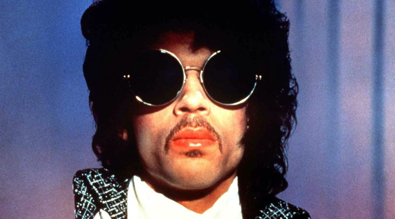 In 1984 Prince gets his first U.S No.1 with \
