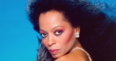 Miss Diana Ross turns 75 years old