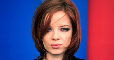 The Garbage frontwoman Shirley Manson turns 53