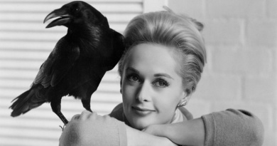 The actress Tippi Hedren turns 91