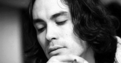 Remembering the actor Brandon Lee born on this day in 1965